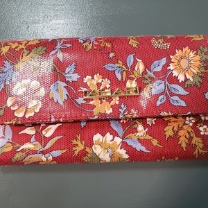 Women's Wallet,  TAHARI, Floral washable, new...